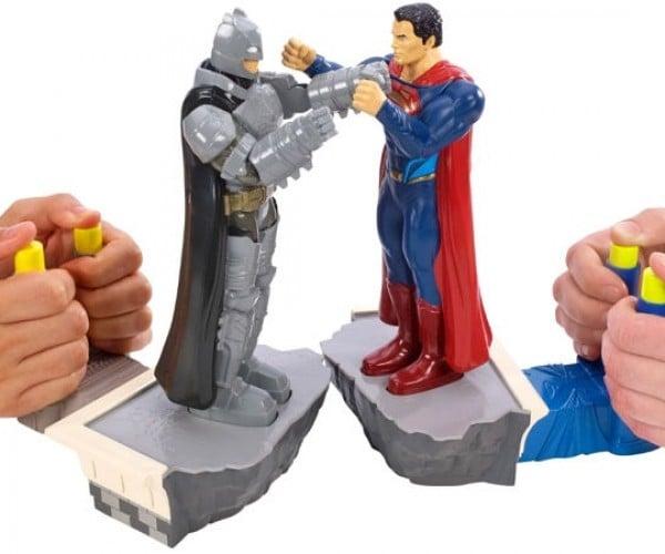 Batman v Superman Rock 'Em Sock 'Em Robots Toy