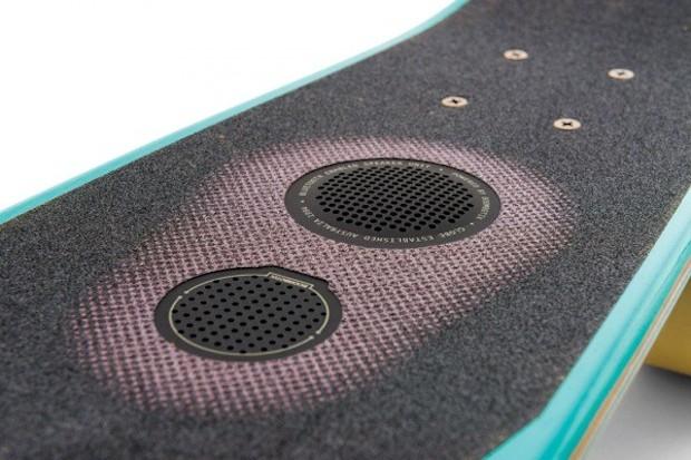 skateboard_speaker_1