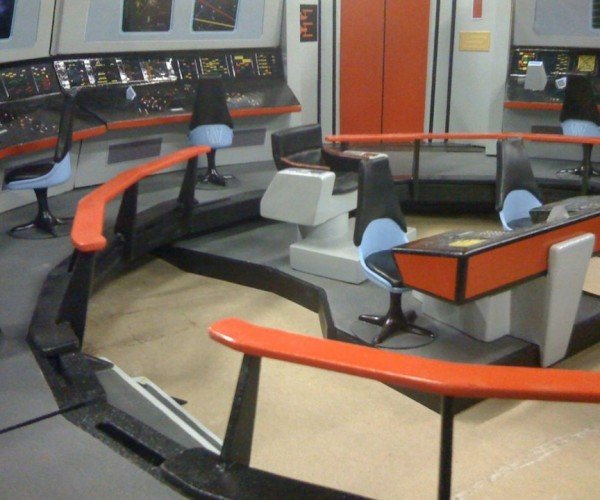 Dad Builds Super Realistic Star Trek Playset for His Son