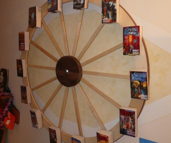 The Wheel of Time Bookshelf: Round the Clock Reading Material