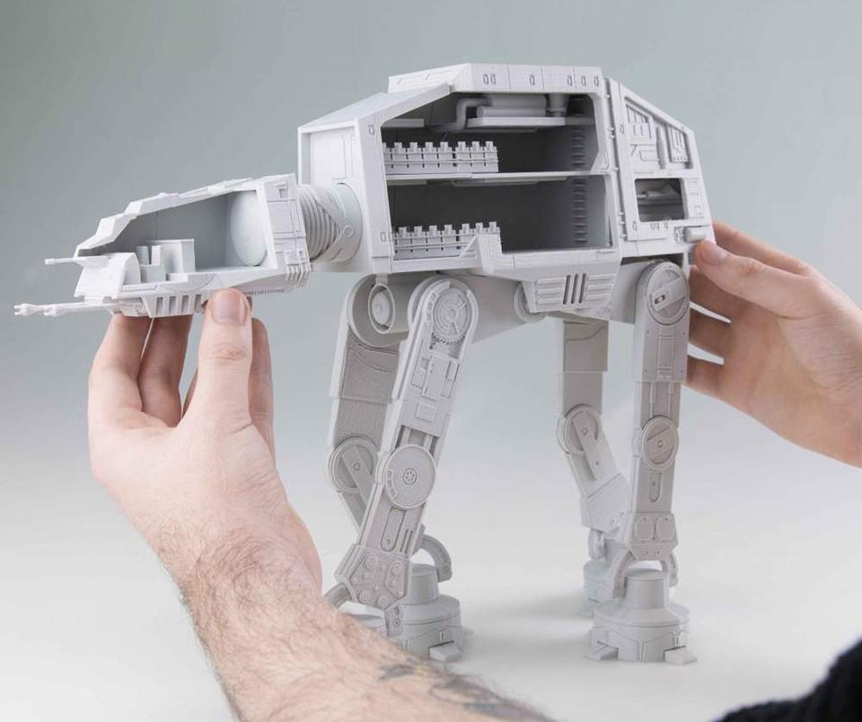 DIY 3D Printed AT-AT Cutaway: Walker With A Half Shell