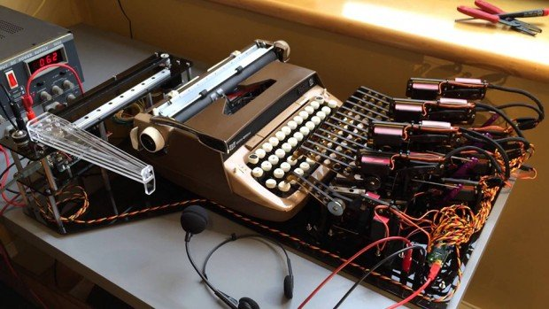 automated_voice_recognition_typewriter_1