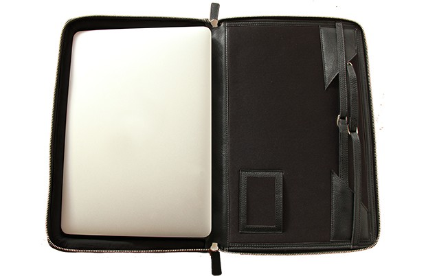 helcy_laptop_bag_stand_3