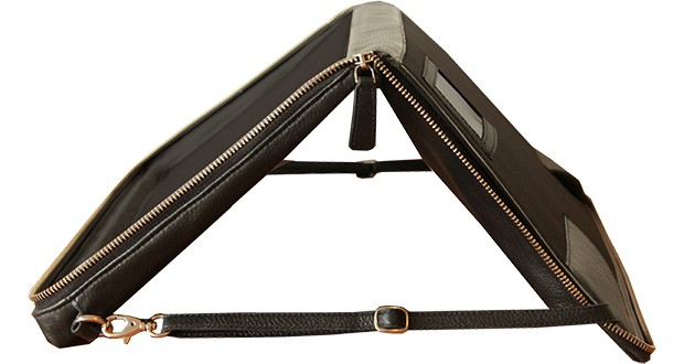 helcy_laptop_bag_stand_4