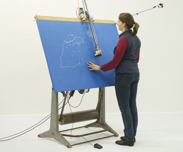 Linespace Display System for the Blind: A Different Touchscreen