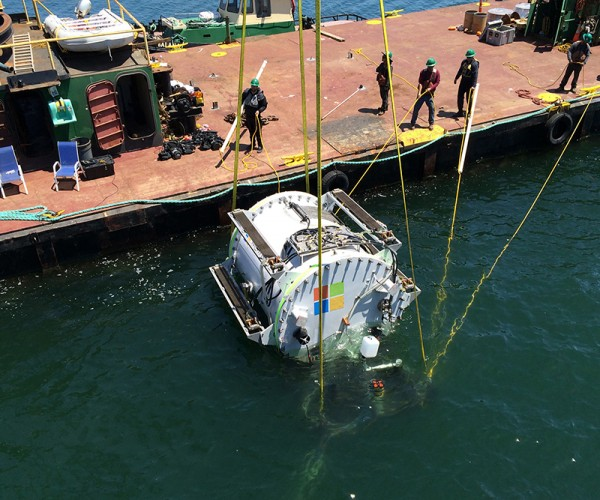 Microsoft's Project Natick Tests Viability of Underwater Datacenters: Messages in Bottles