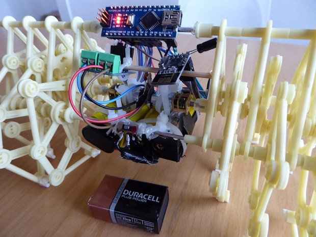 remote_controlled_mini_strandbeest_by_maxime_g_2