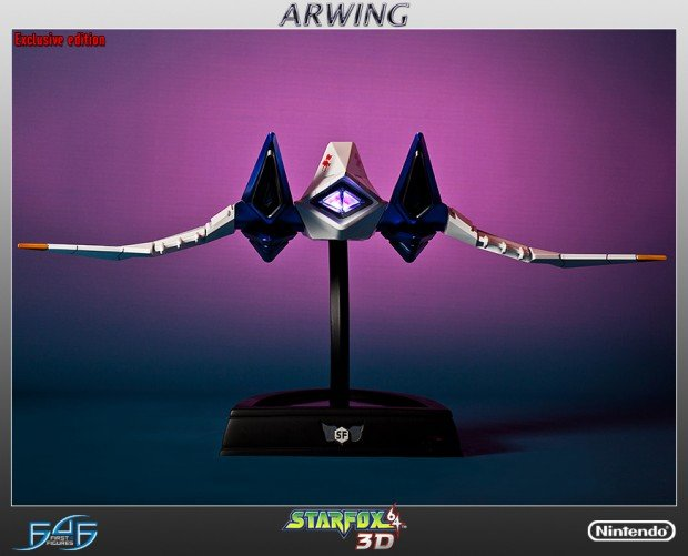 star_fox_arwing_statue_by_first_4_figures_2