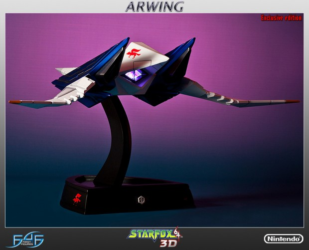 star_fox_arwing_statue_by_first_4_figures_3