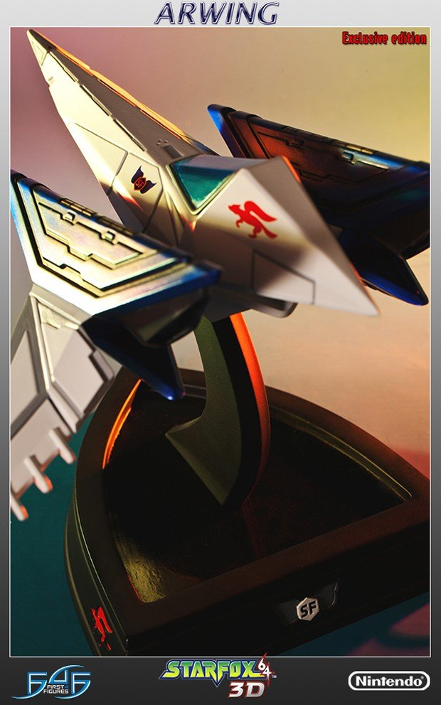 star_fox_arwing_statue_by_first_4_figures_6