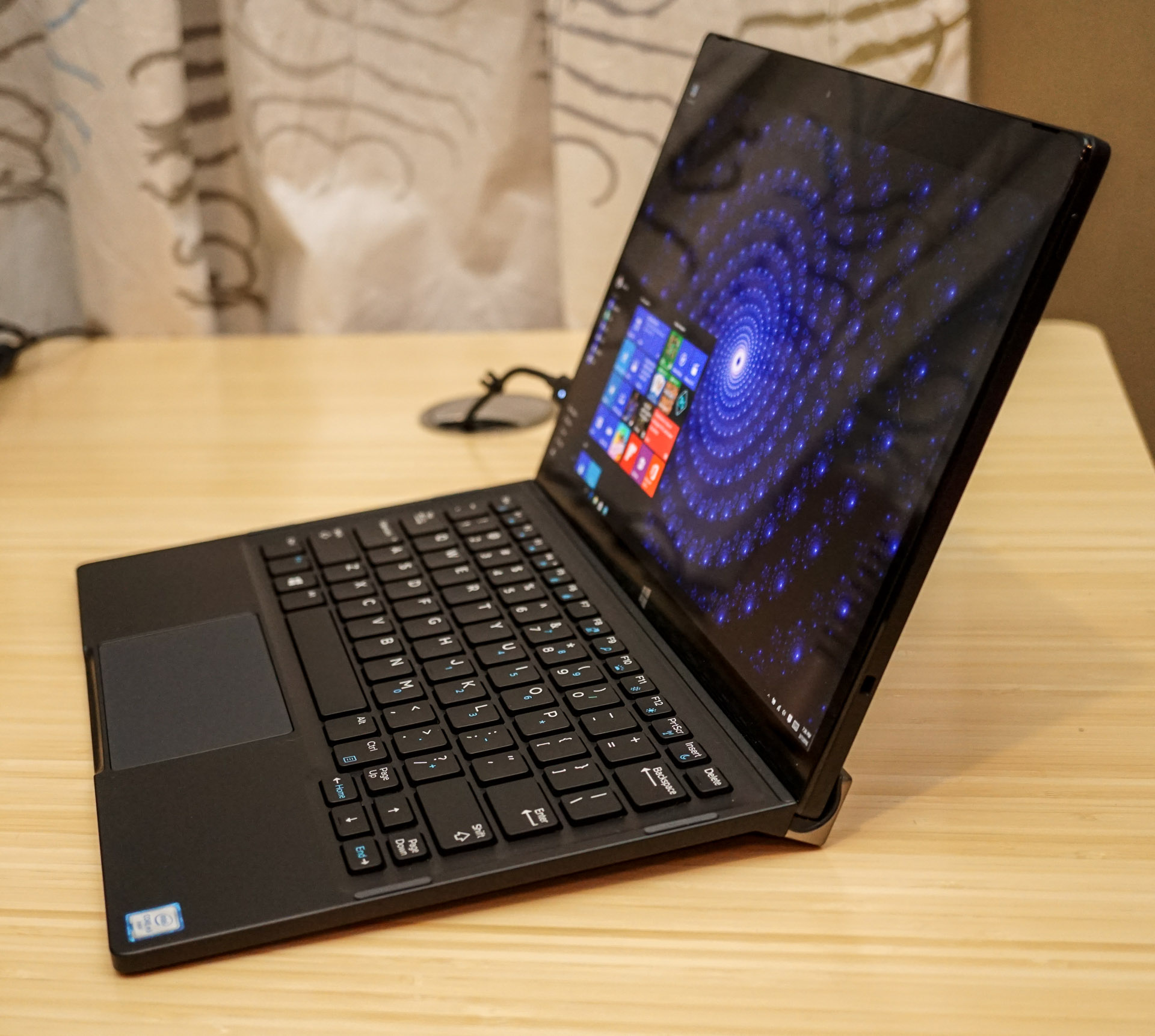 Review 2016 Dell Xps 12 A 2 In 1 Wonder Technabob