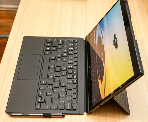 Dell_XPS_12_4
