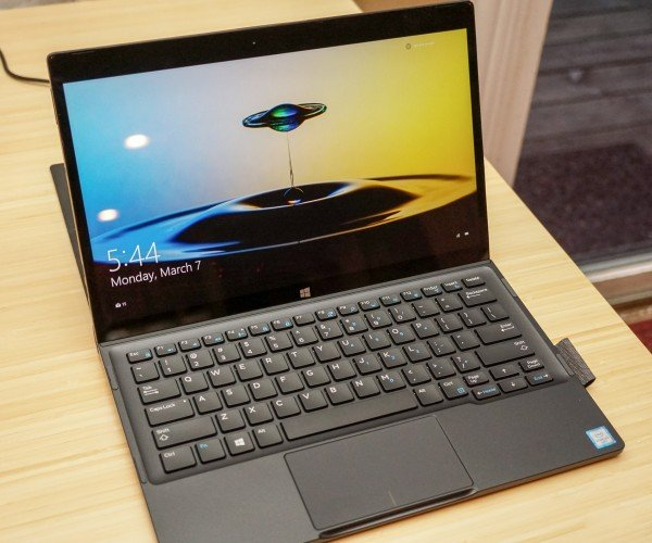 Review: 2016 Dell XPS 12 – A 2-in-1 Wonder