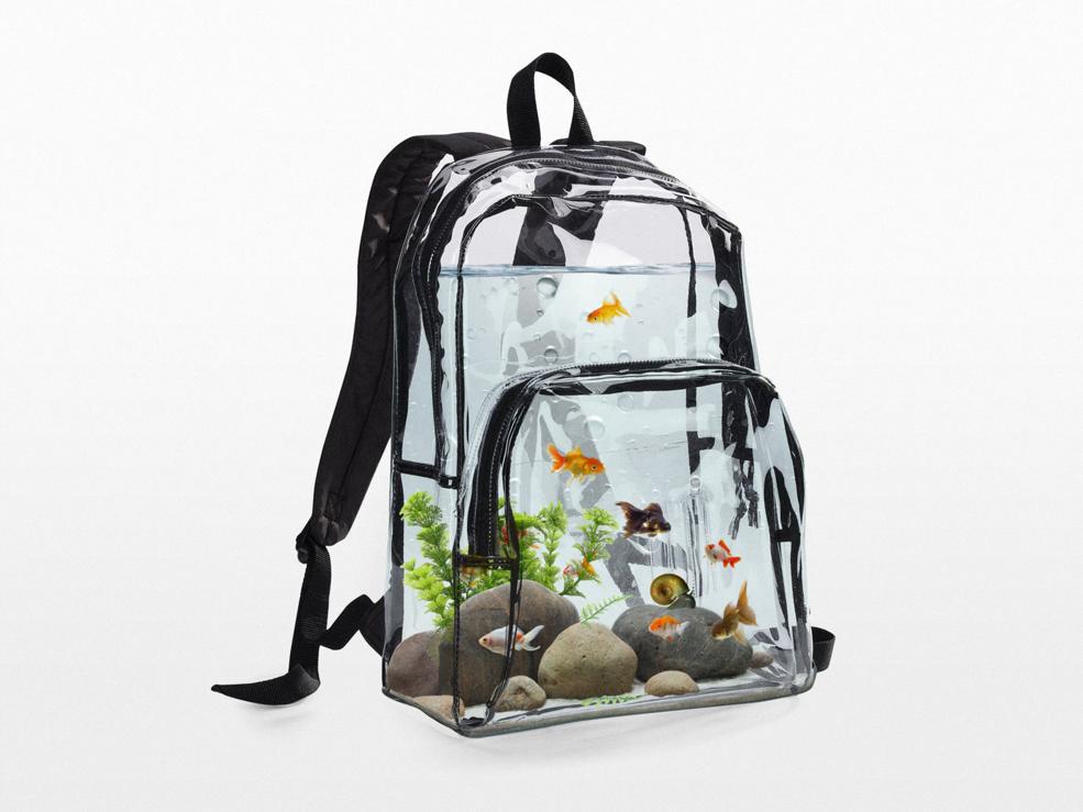Aquarium Backpack Takes Your Fish to School - Technabob