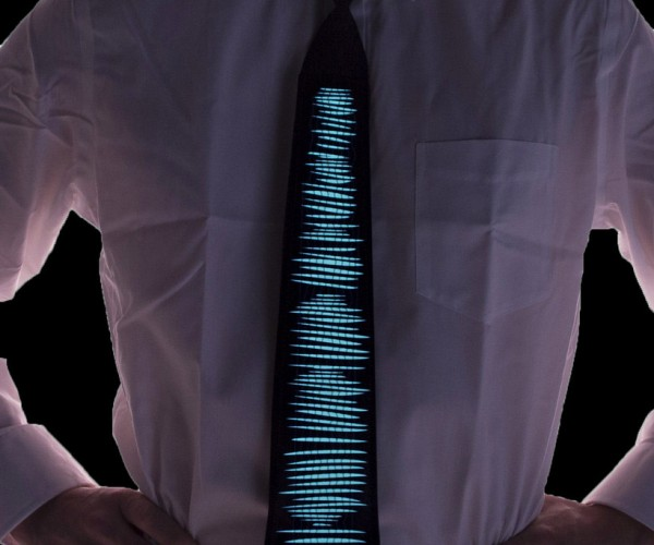 LED Animated Neck Tie Brings the Party to the Office