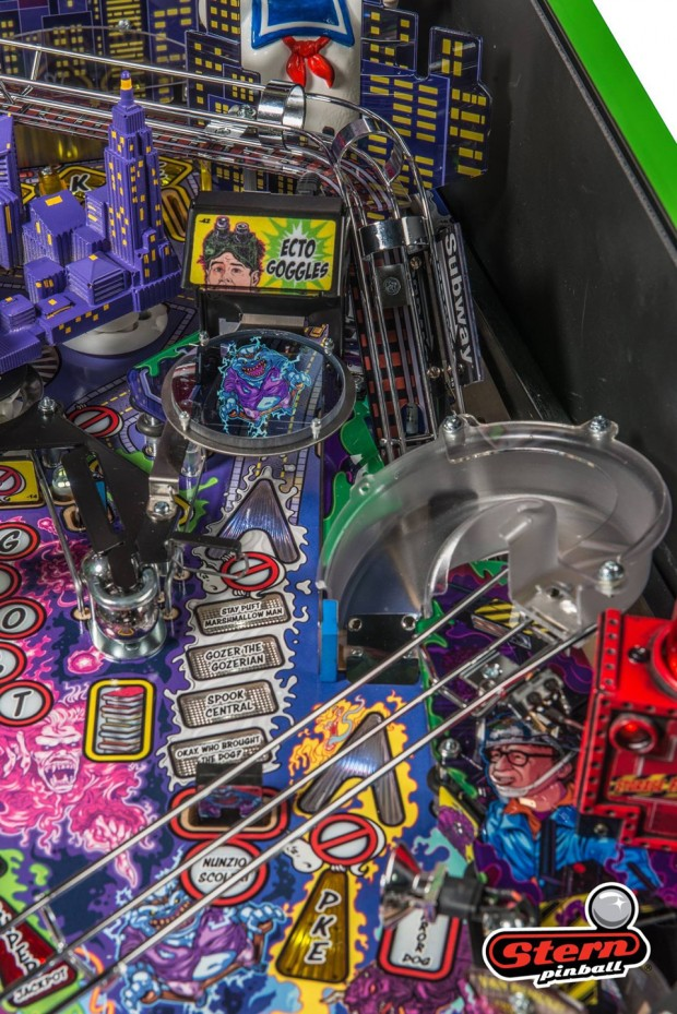 ghostbusters_pinball_machine_by_stern_pinball_14