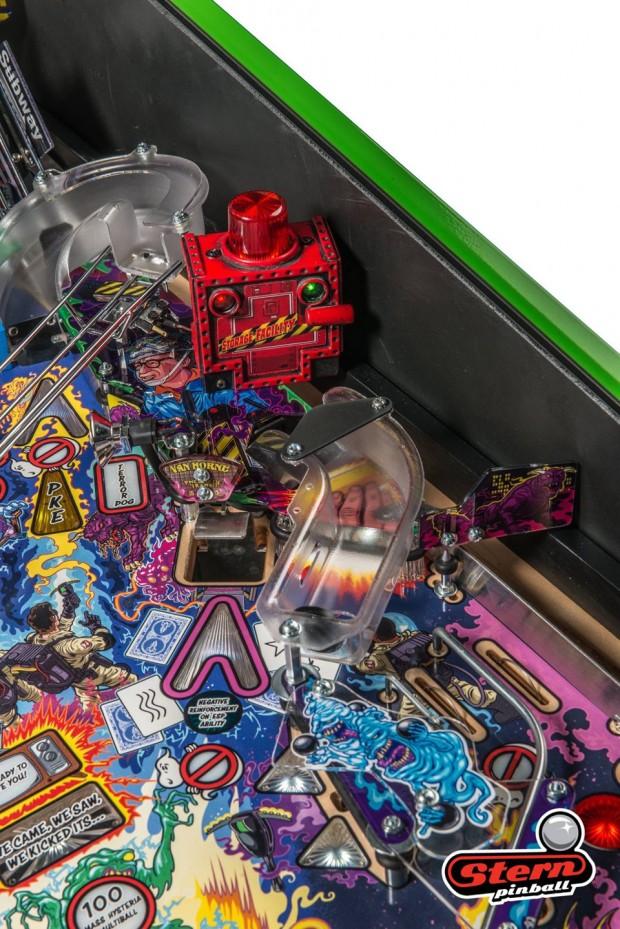 ghostbusters_pinball_machine_by_stern_pinball_15