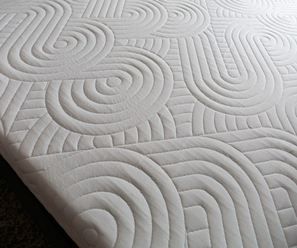 Review: HIBR Memory Foam Mattress – Sweet Dreams are Made of This