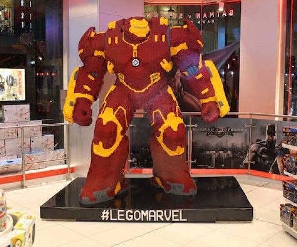 8-Foot-Tall LEGO Hulkbuster: Brickbuster