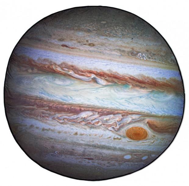 planetary_fleece_blankets_by_thinkgeek_4