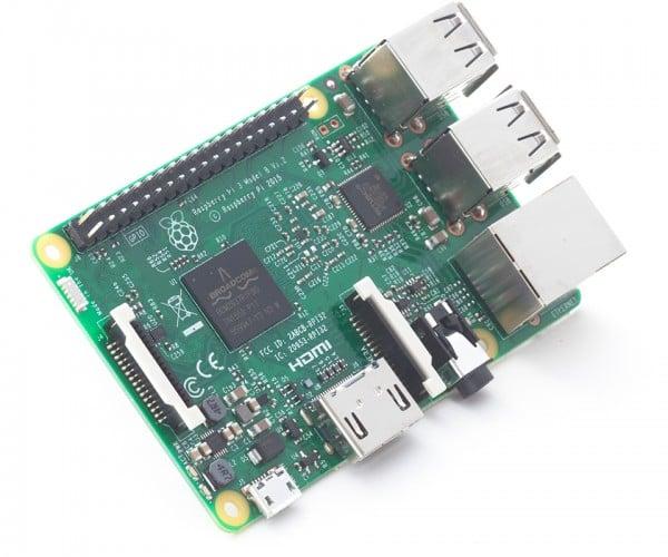 Raspberry Pi 3 Has Better SoC, Built-in Wi-Fi & Bluetooth: New Slice, Same Price