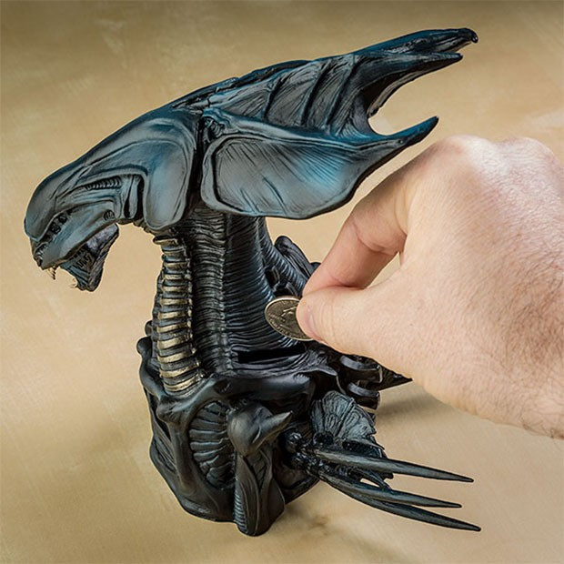 alien-bank-2