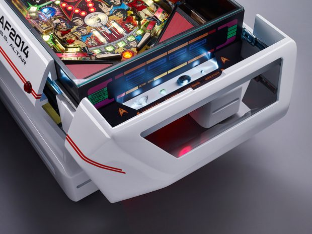 altar_star_trek_shuttle_pinball_coffee_table_3