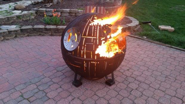 death_star_fire_pit_1