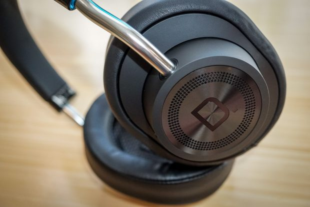definitive_technology_symphony_1_headphones_6