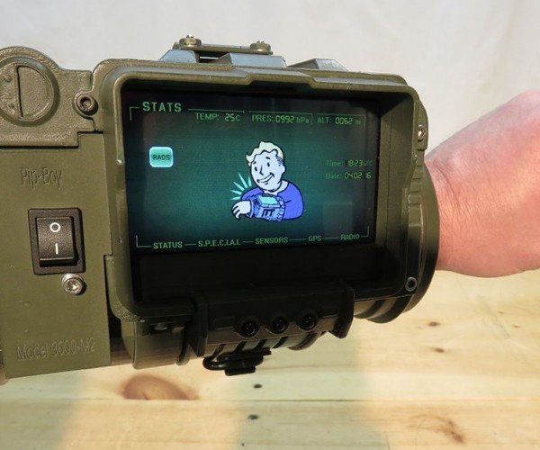 DIY Pip-Boy 3000 with Practical Features: Vault Dweller the Explorer