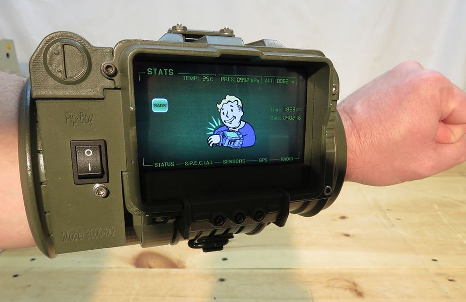 Diy Pip Boy 3000 With Practical Features Vault Dweller