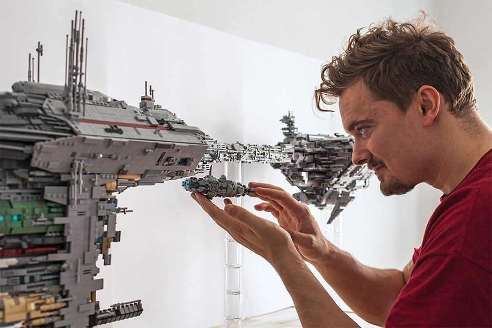 LEGO Star Wars Medical Frigate Will Give You a Hand ...