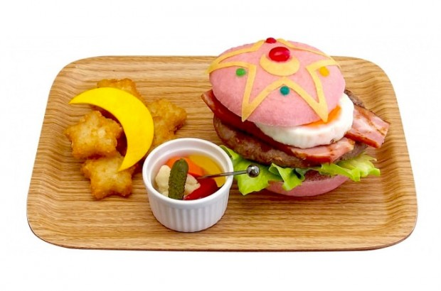 sailor_moon_burger_1