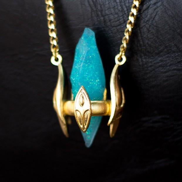 starcraft_protoss_pylon_necklace_by_oki007_5