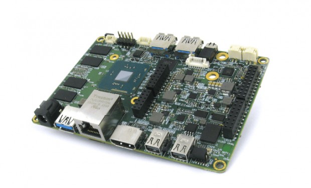 udoo_x86_intel_atom_celeron_arduino_101_development_board_1