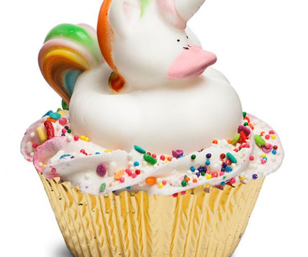 Magical Unicorn Cupcake Bath Bomb Looks Delicious, Isn't