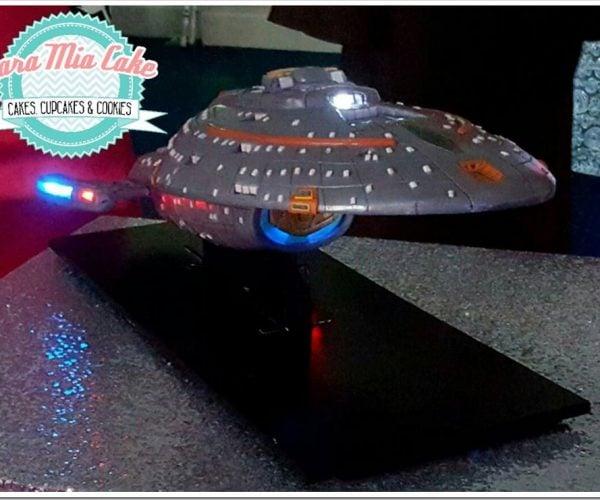 Light-up Star Trek: Voyager Wedding Cake