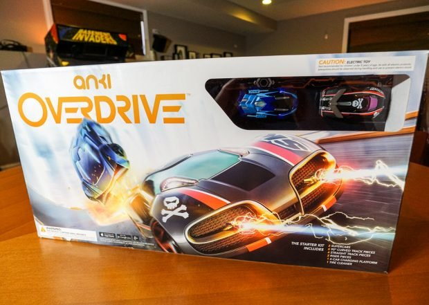 anki_overdrive_race_cars_2