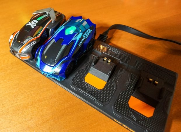 anki_overdrive_race_cars_6