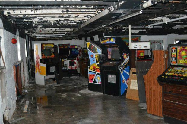 arcade_abandoned_1