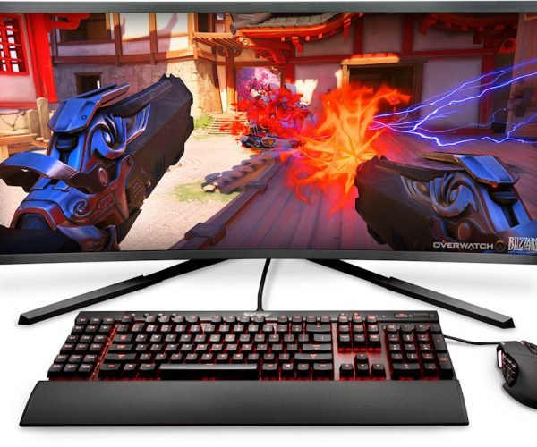 Digital Storm's Aura All-in-one Packs a 10-core CPU