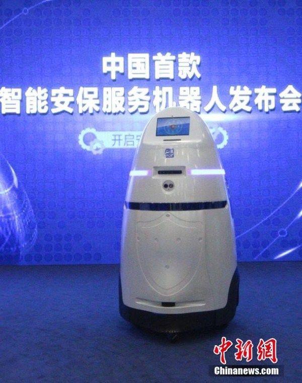 dalek_robot_2