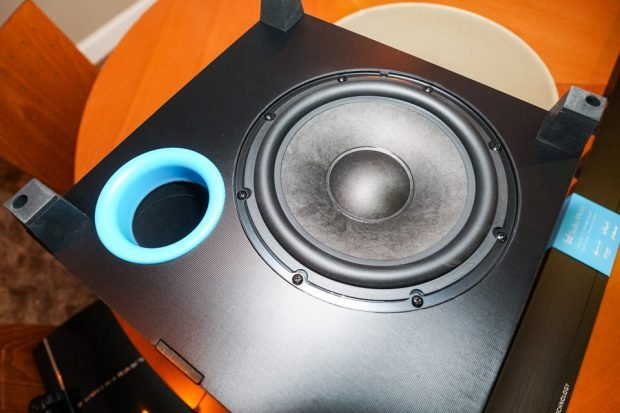 definitive_technology_studio_micro_2