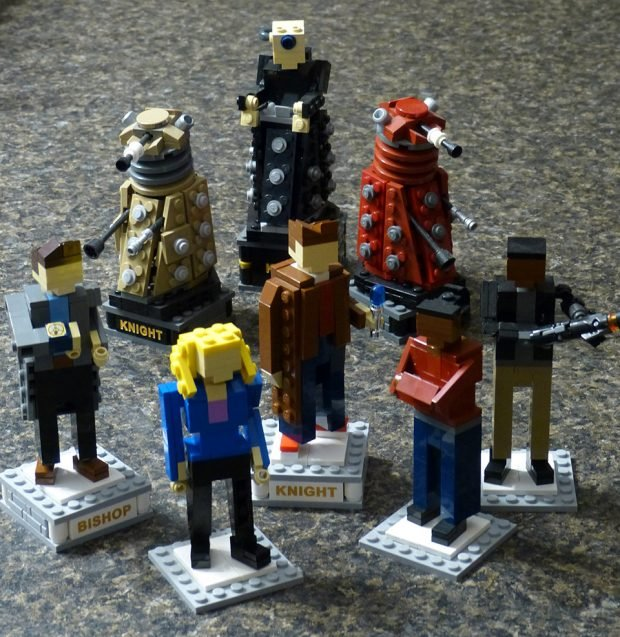 doctor_who_chess_set_by_adam_dodge_2