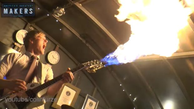flamethrowing_guitar_by_colin_furze_1