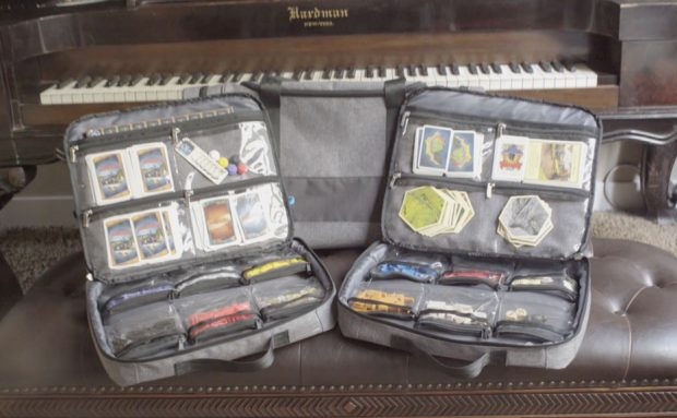 gamefolio_case_and_bag_by_keepgear_2