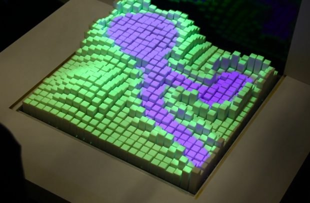 materiable_shape_material_property_changing_interface_by_MIT_Tangible_Media_Group_1