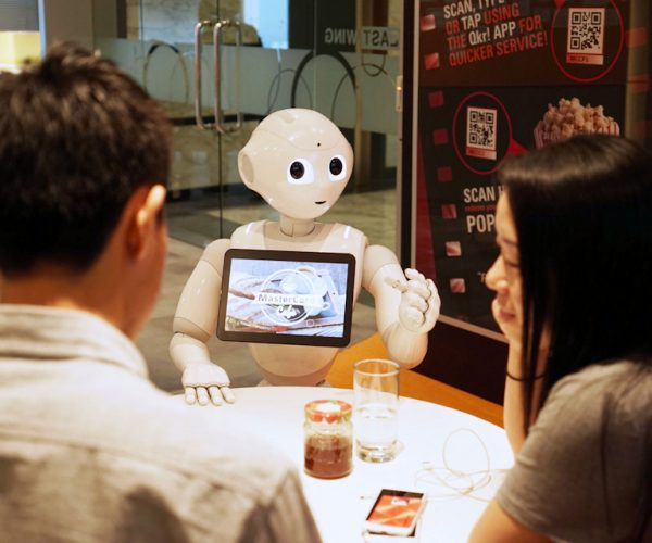 Pepper the Robot to Work at Pizza Hut