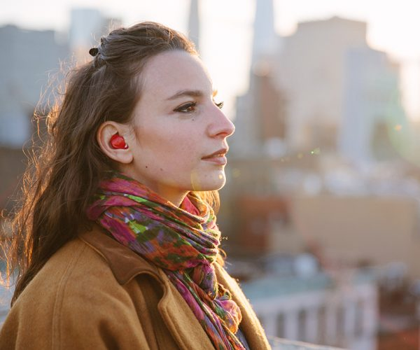 Pilot Earphones Translate Spoken Language in Real Time: Babelpiece