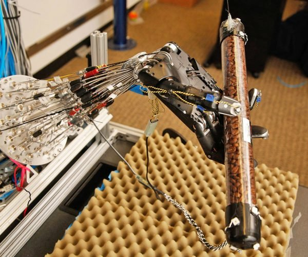 Robot Hand Learns to Twirl Objects